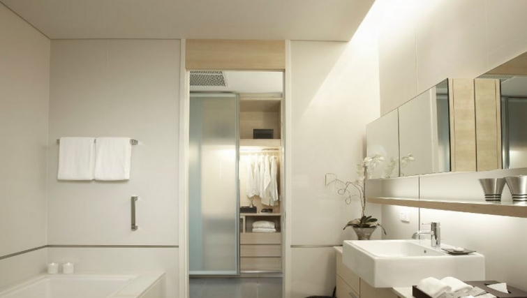 Bathroom in Somerset Sukhumvit Thonglor Apartments - Citybase Apartments