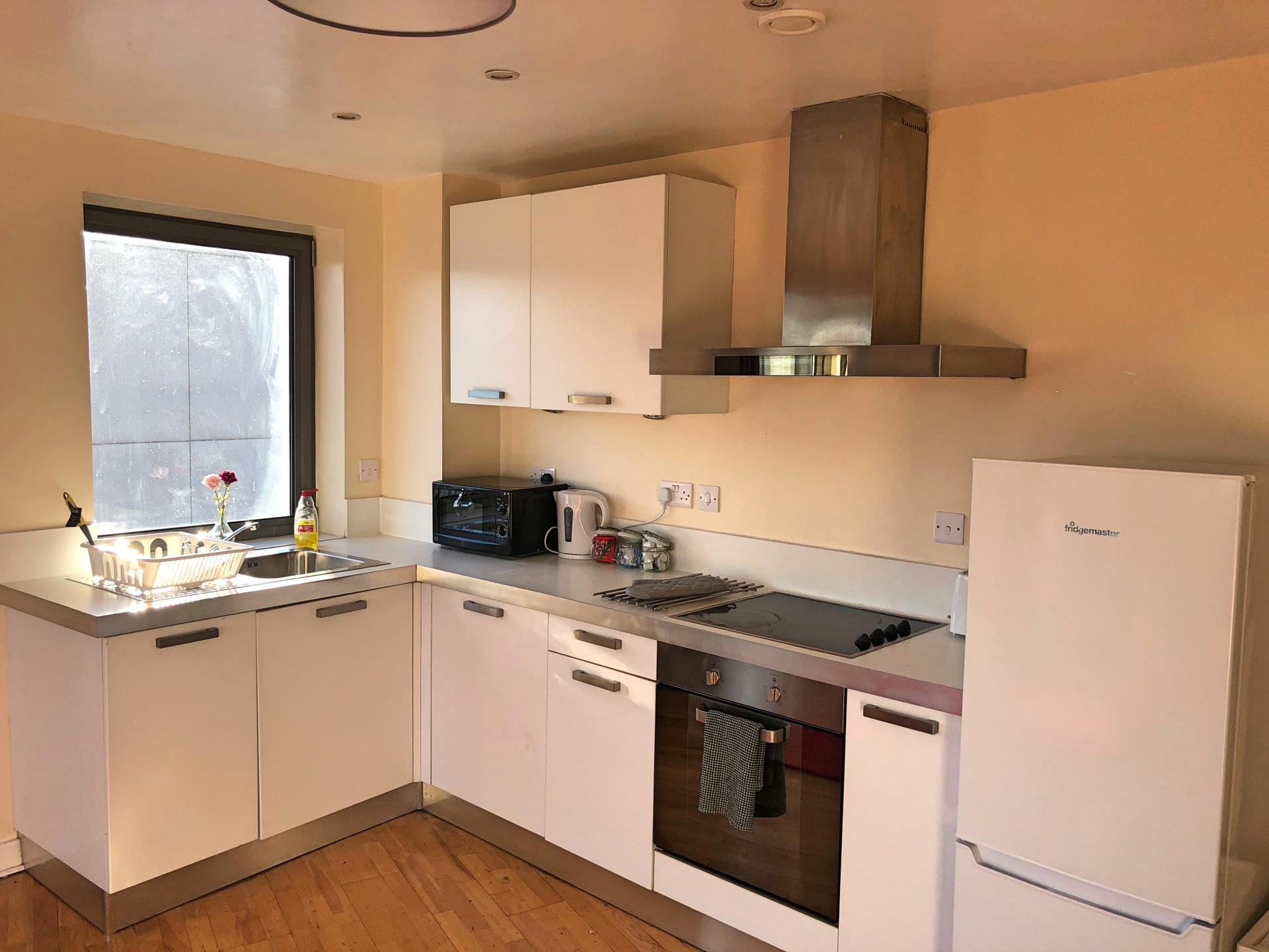 Kitchen facilities at Scotland Street Apartments - Citybase Apartments