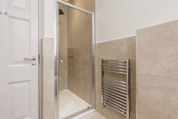 Shower at Chisholm Hunter Suites - Citybase Apartments