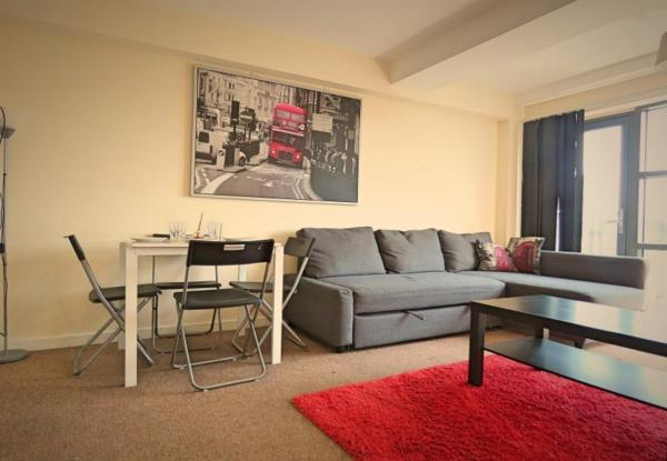 Living room at West Point Apartment - Citybase Apartments