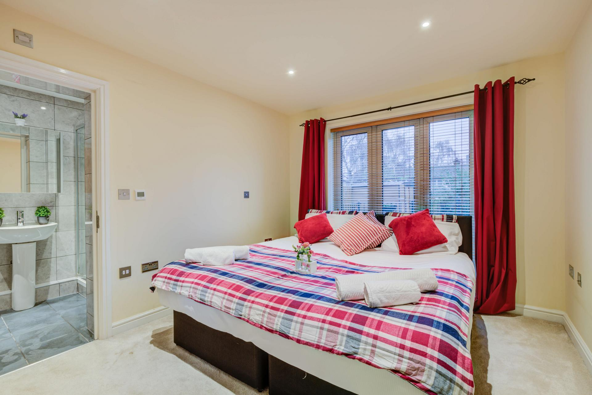 Bedroom at Mill Cross Apartment - Citybase Apartments