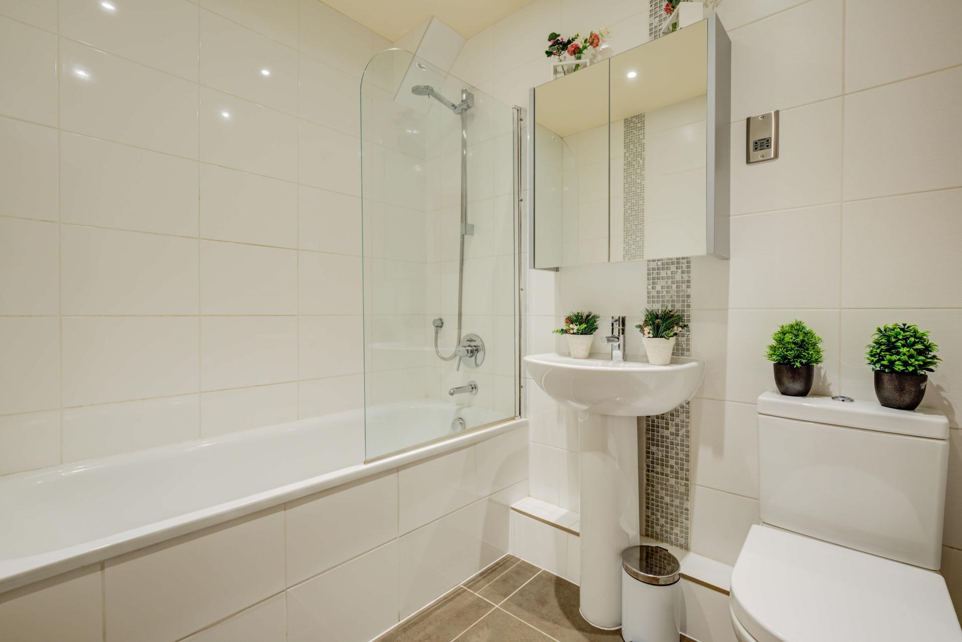 Bath at Mill Cross Apartment - Citybase Apartments