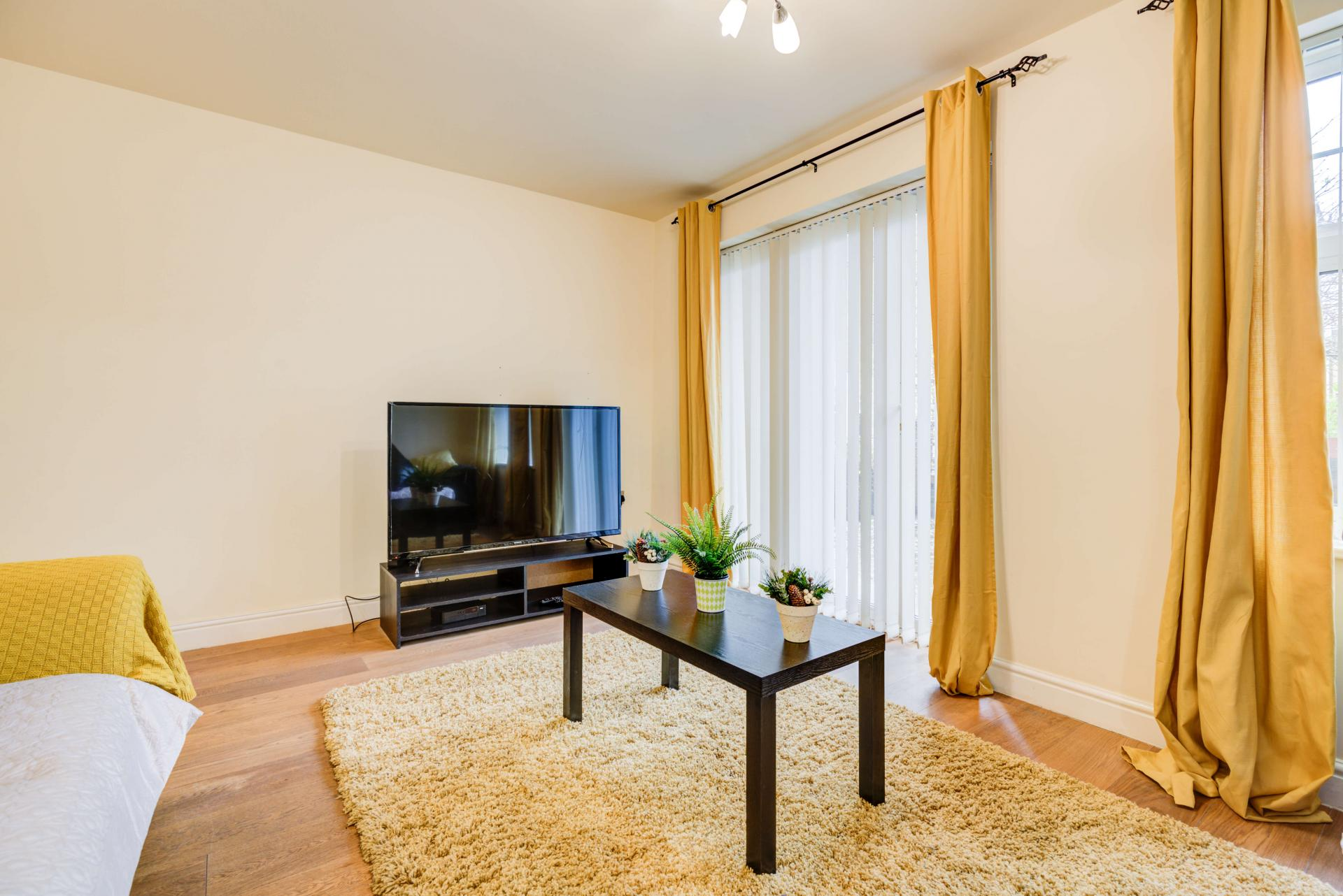 TV at Mill Cross Apartment - Citybase Apartments