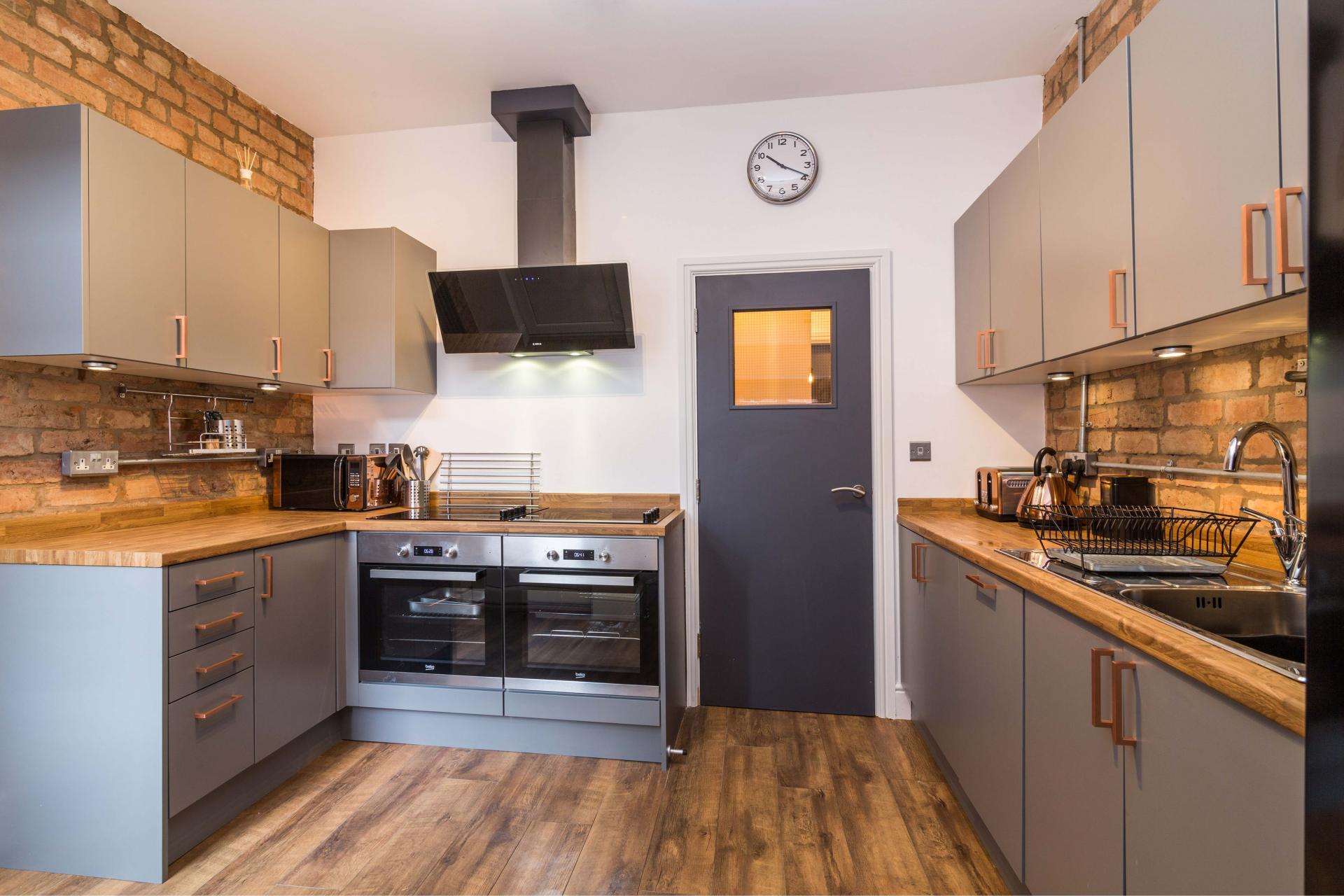 Kitchen at Salisbury Street House - Citybase Apartments