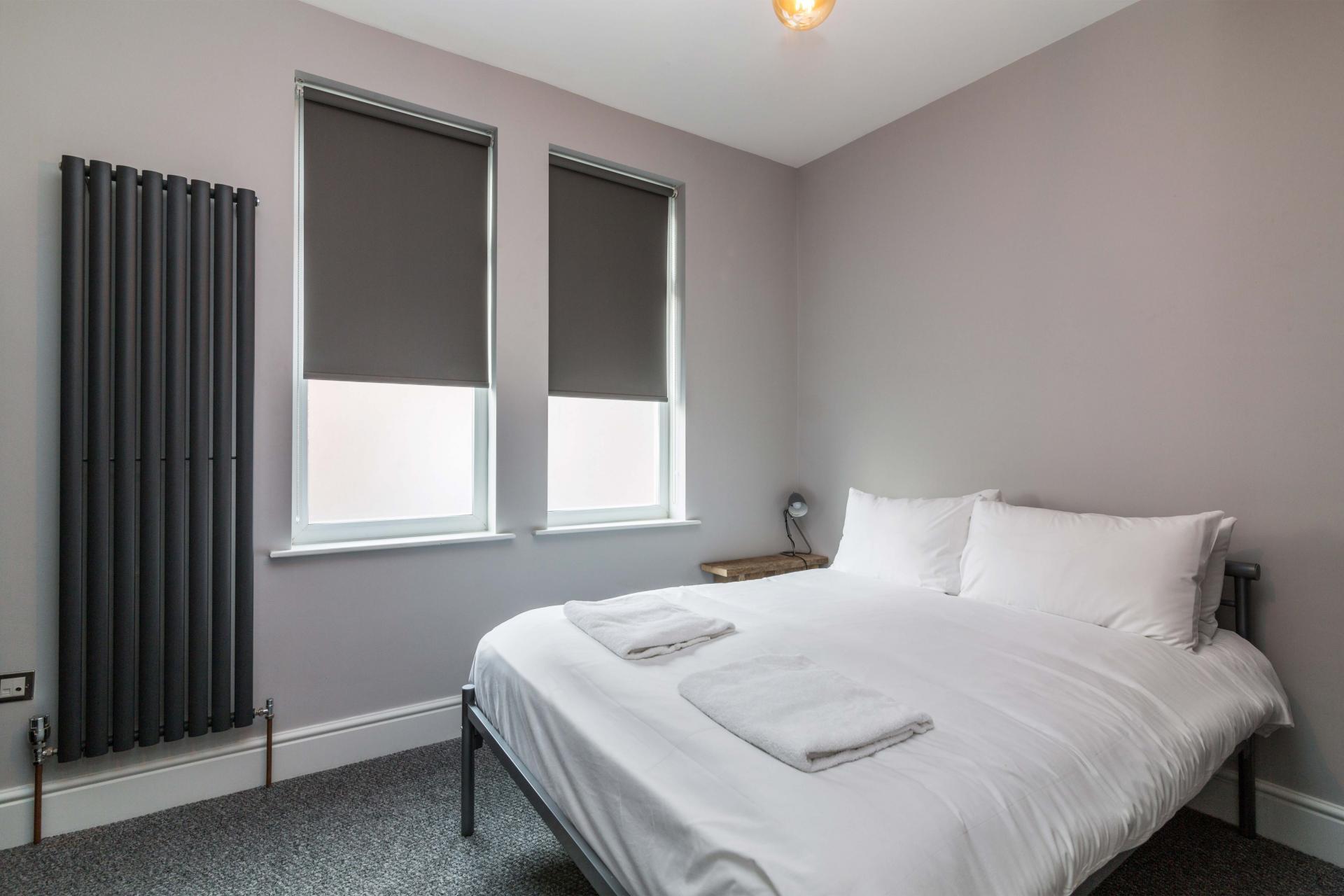 White at Salisbury Street House - Citybase Apartments