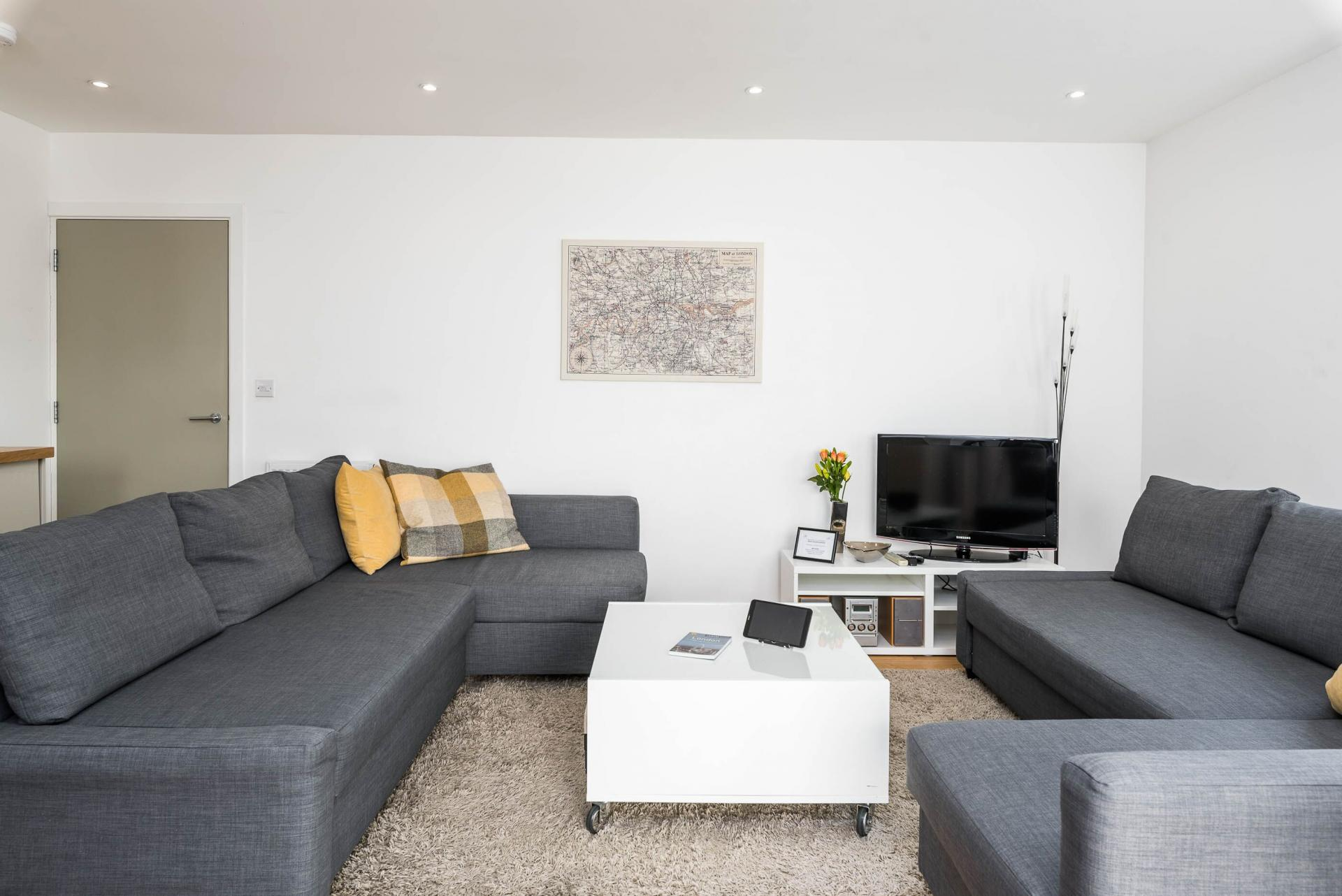 Spacious living area at Vibrant Vauxhall Apartments - Citybase Apartments