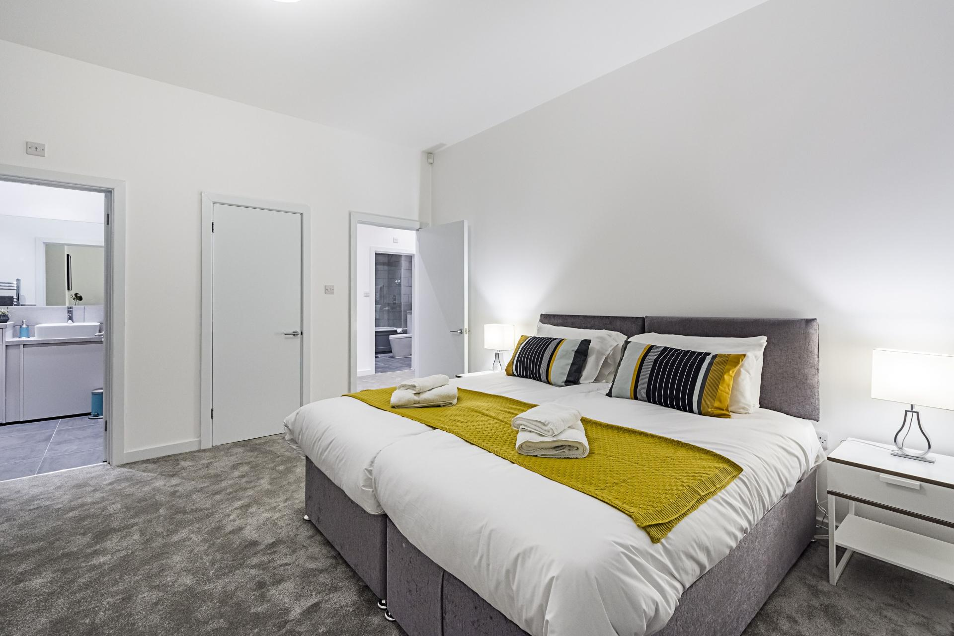 Zip and link beds at Vibrant Vauxhall Apartments - Citybase Apartments