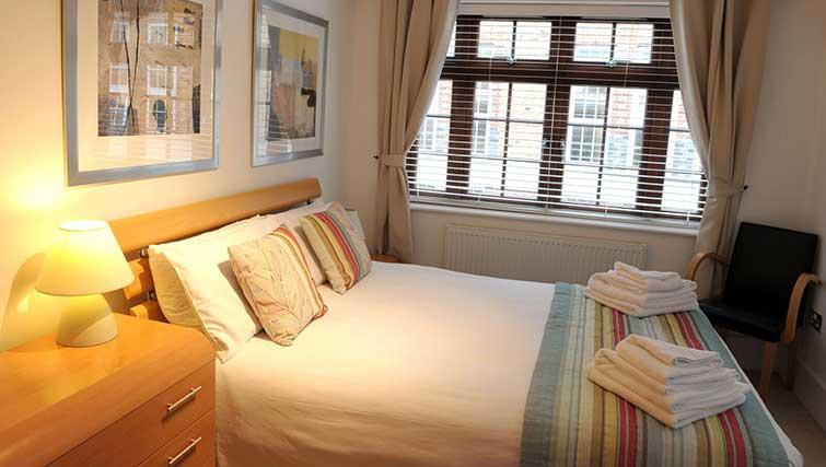 Double bedroom at Blake Mews Apartments - Citybase Apartments