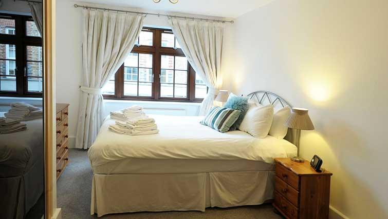 Bedroom at Blake Mews Apartments - Citybase Apartments
