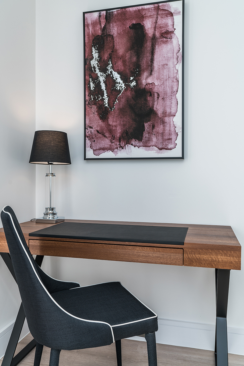 Desk at Deanery Court Apartments - Citybase Apartments