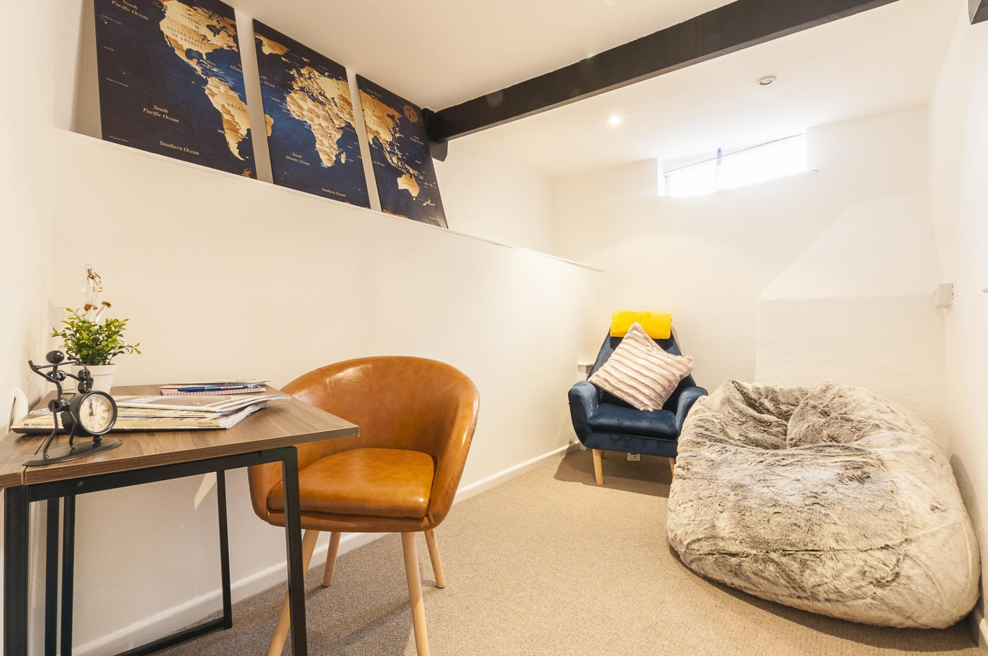 The Snug at Howell Road Cottage - Citybase Apartments
