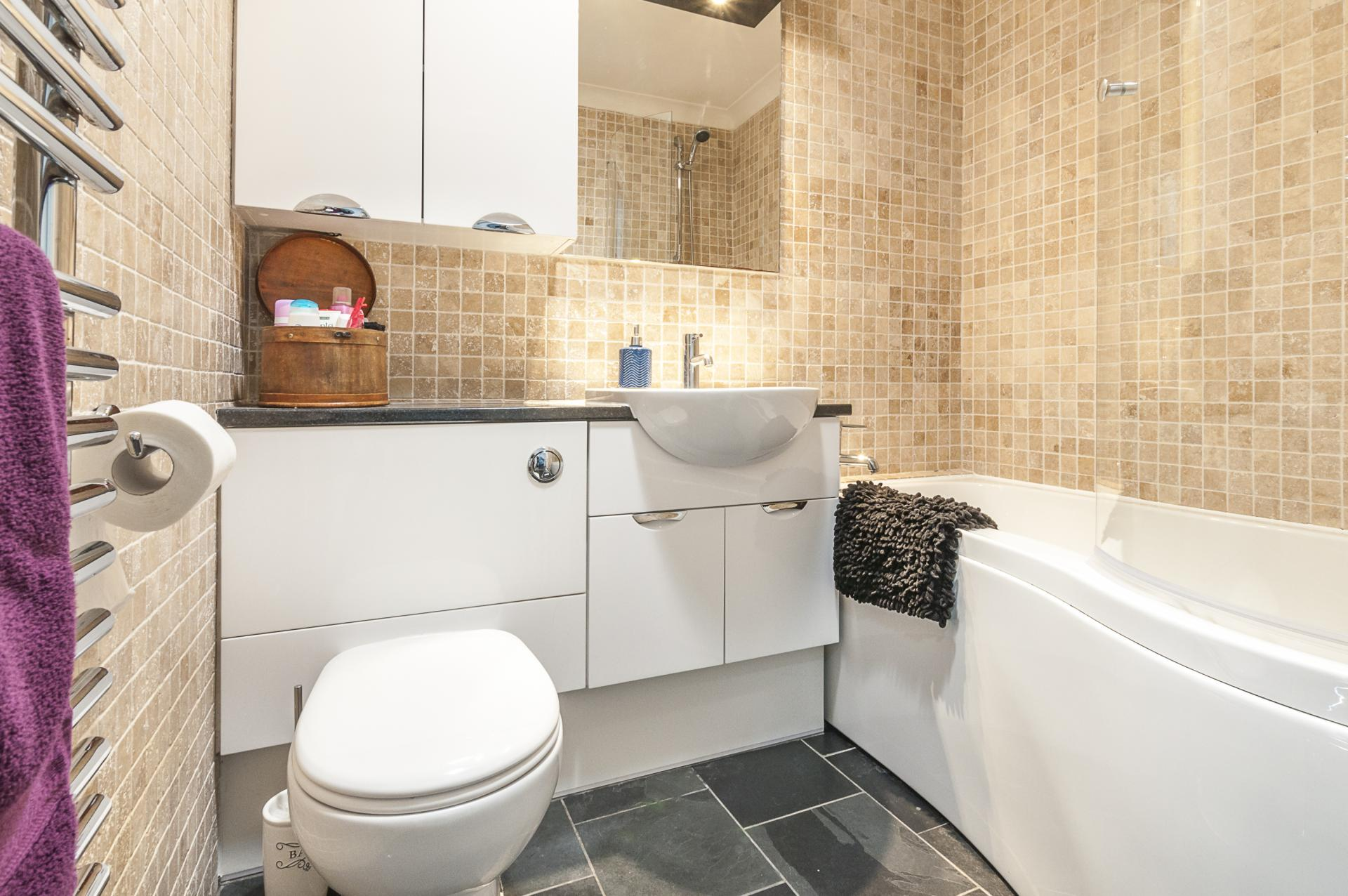 Bathroom at Old Lodge - Citybase Apartments