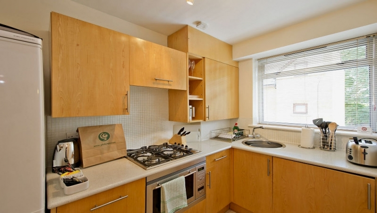 Kitchen in 6-8 St Christophers Place Apartments - Citybase Apartments