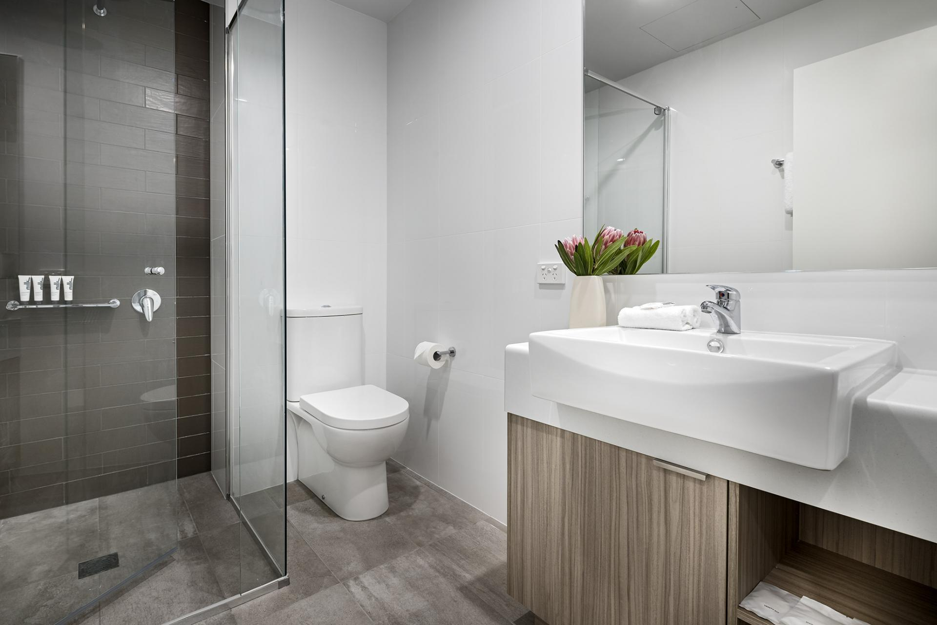 Bathroom at Quest Midland - Citybase Apartments