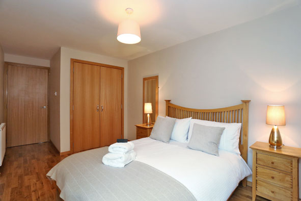 Modern bedroom at 67 Chapel Street Apartments - Citybase Apartments