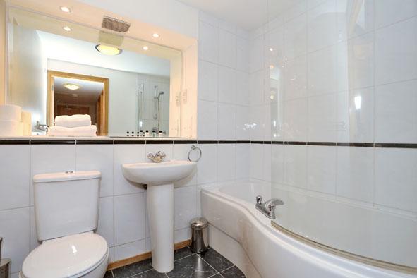 Bathroom at 67 Chapel Street Apartments - Citybase Apartments