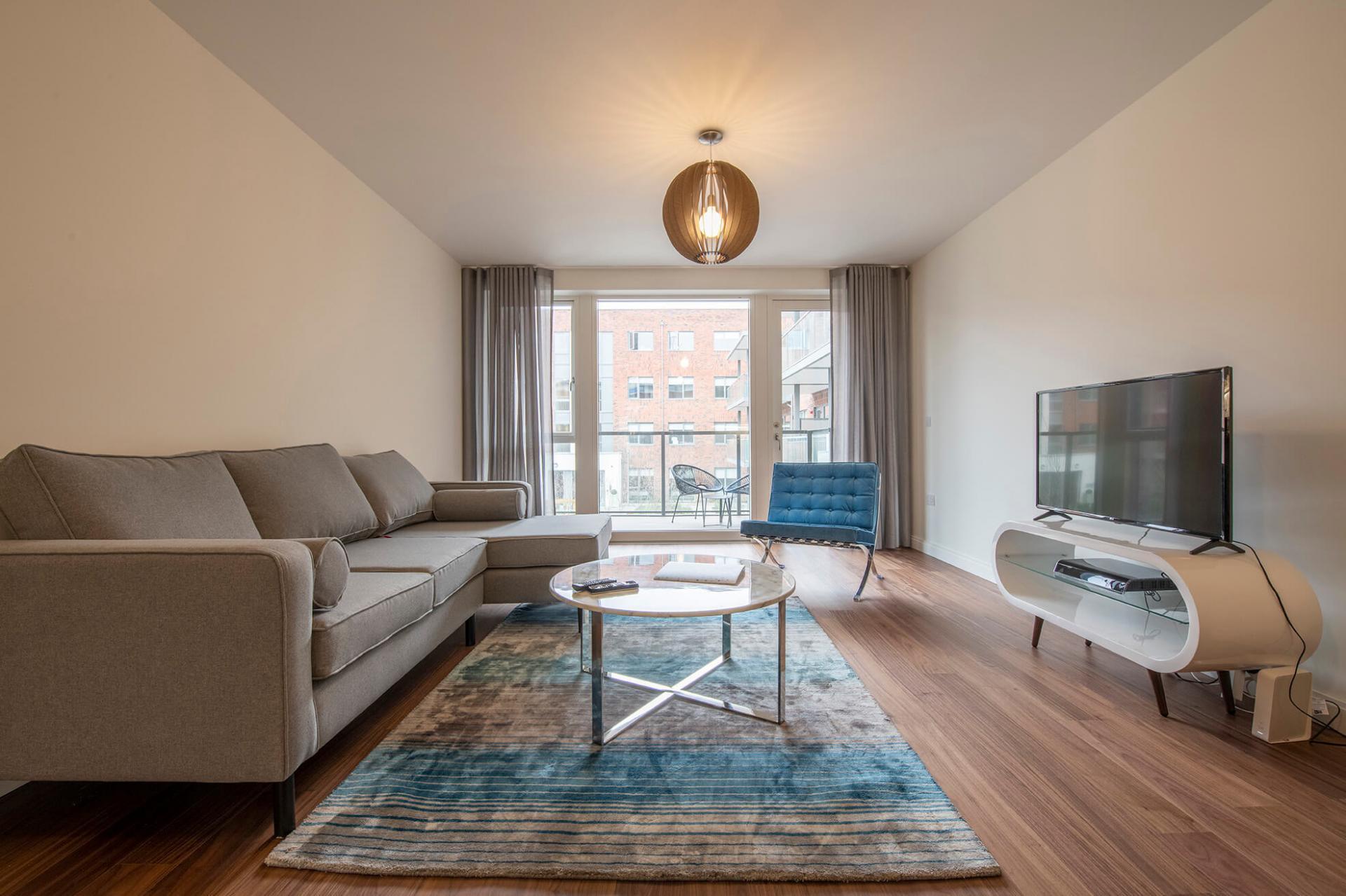 Living room at Fernbank Apartments - Citybase Apartments