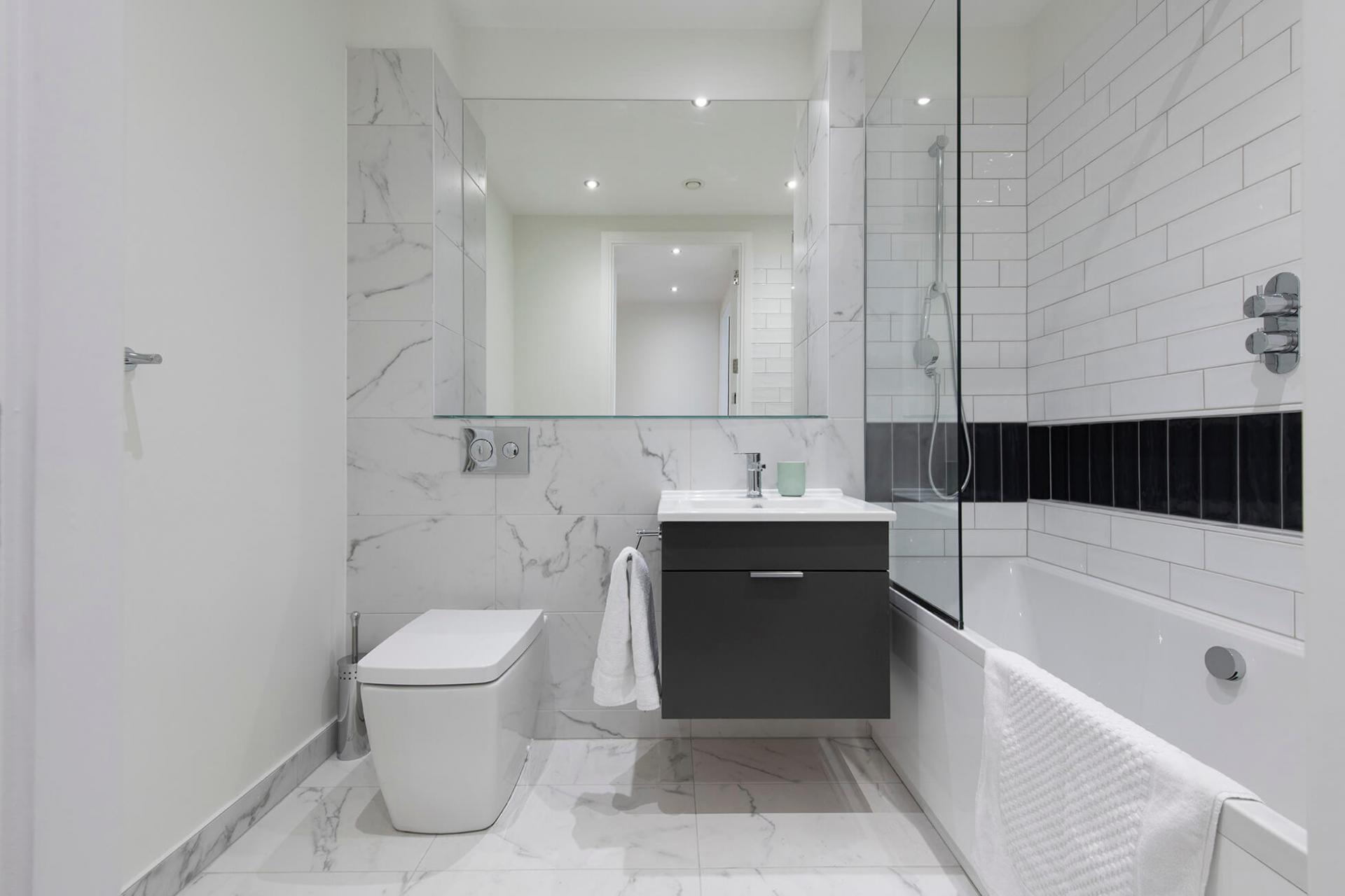 Bathroom at Fernbank Apartments - Citybase Apartments