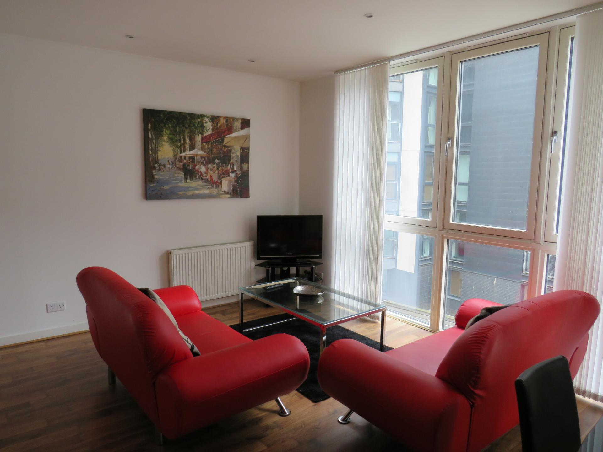 Lounge at Oswald Street Serviced Apartments - Citybase Apartments