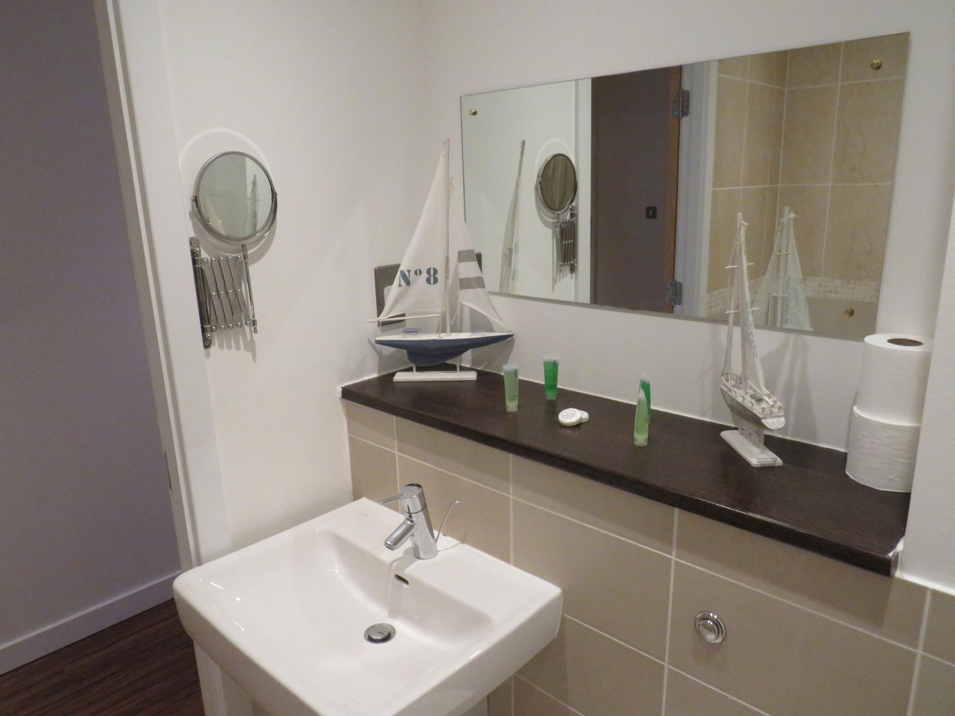 Bathroom at Oswald Street Serviced Apartments - Citybase Apartments