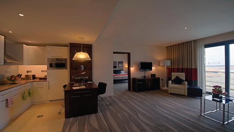 Contemporary kitchen in Staybridge Suites Abu Dhabi - Yas Island - Citybase Apartments