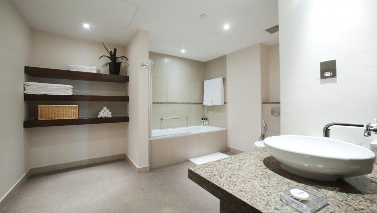 Pristine bathroom in Staybridge Suites Abu Dhabi - Yas Island - Citybase Apartments