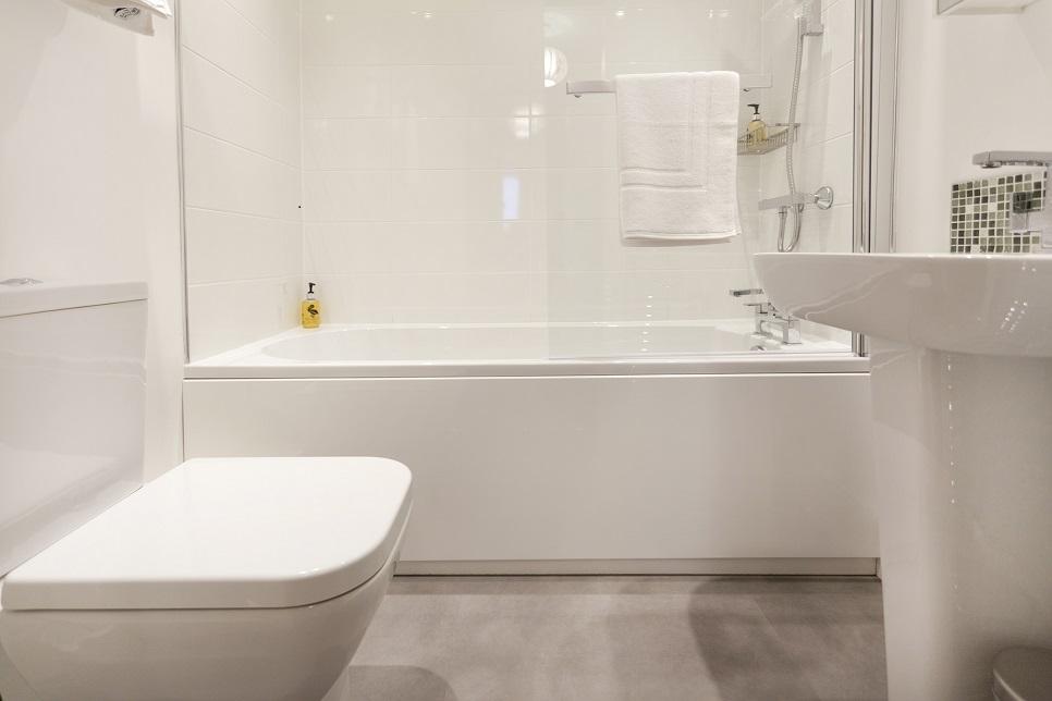 Bathroom at Bowling Green Apartments - Citybase Apartments