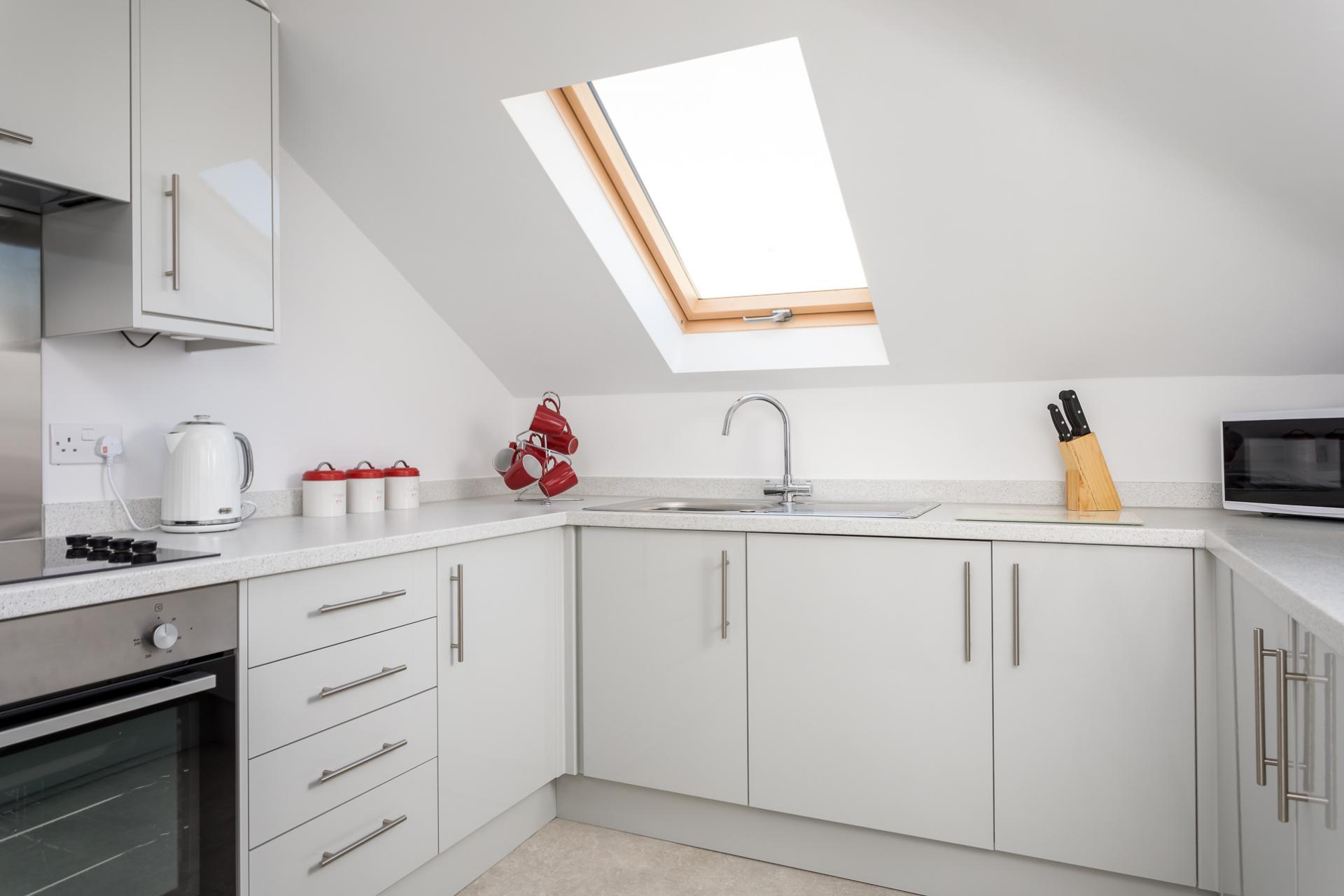 Modern kitchen at Axiom No. 8 Apartment - Citybase Apartments