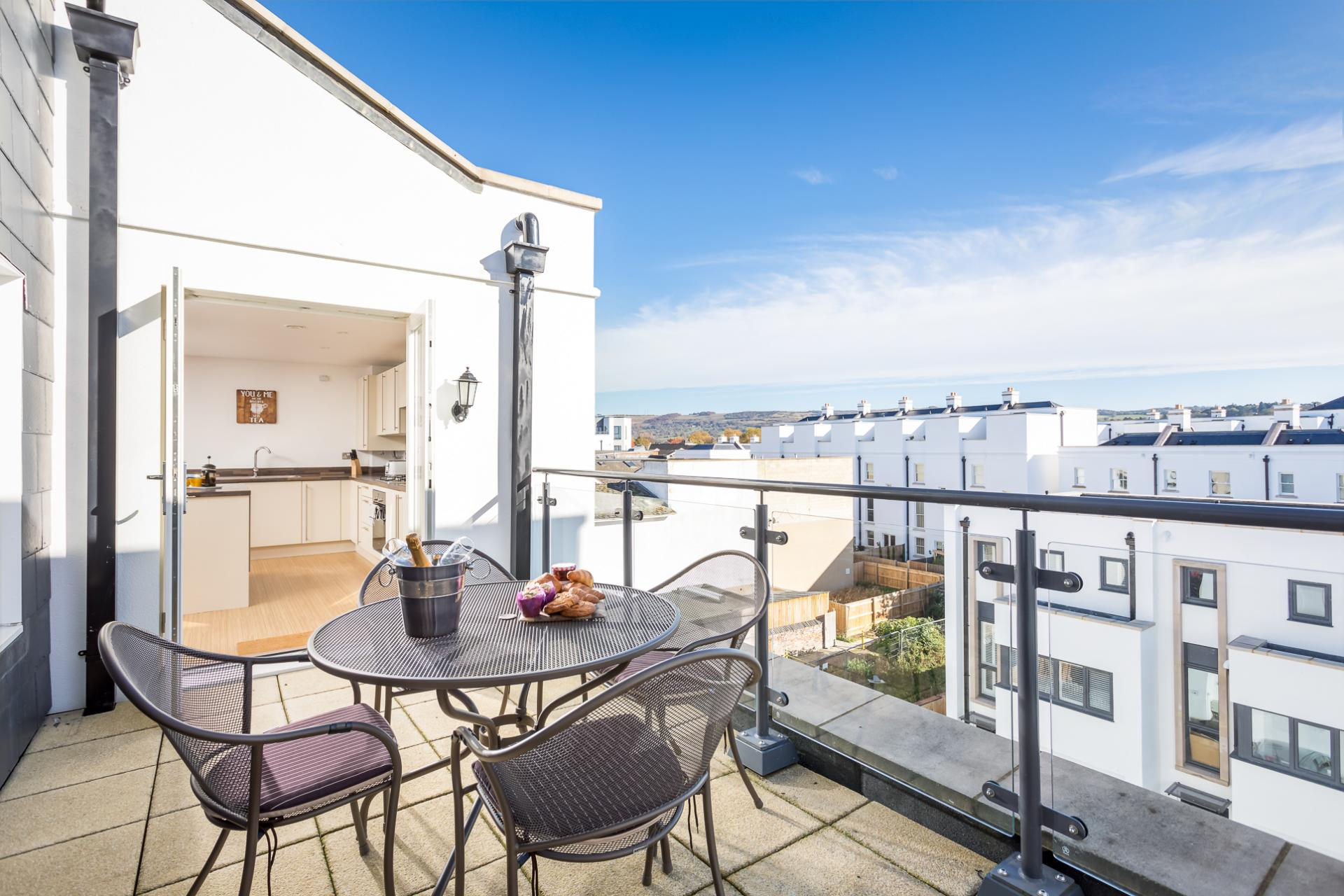 Roof terrace at Prince Regent Mews Apartment - Citybase Apartments