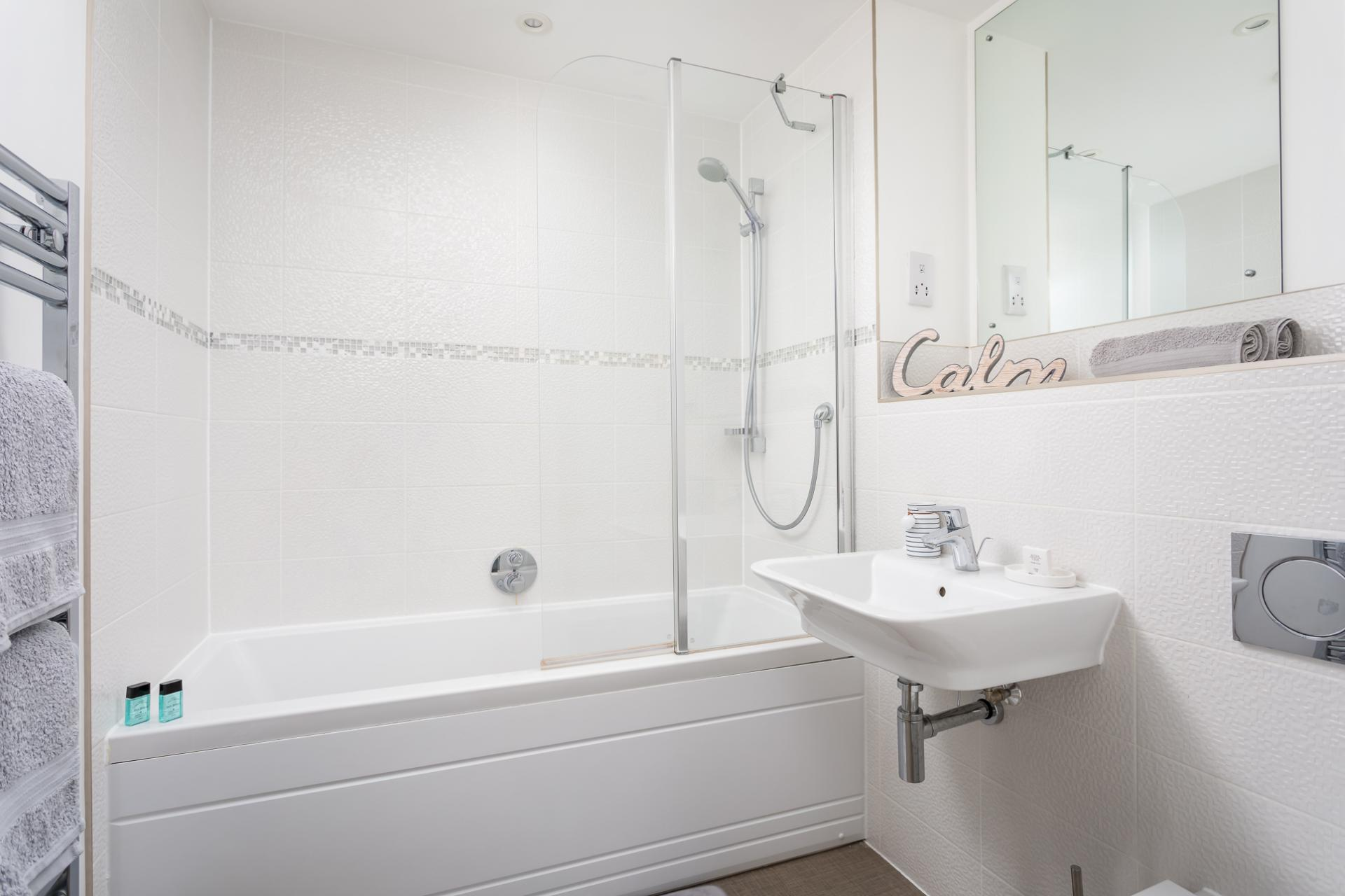Bath at Prince Regent Mews Apartment - Citybase Apartments