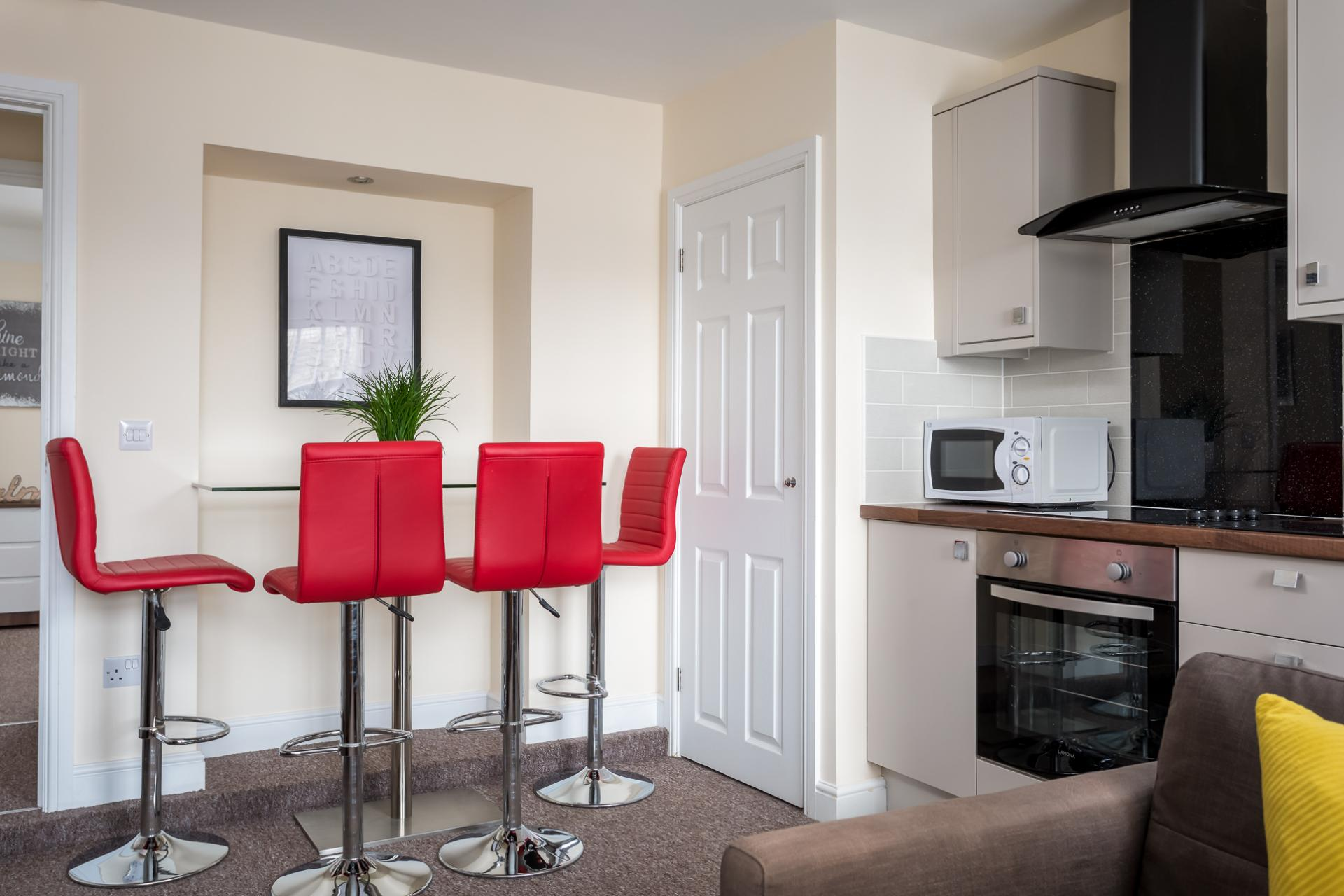 Dining area at High Street Serviced Apartment - Citybase Apartments