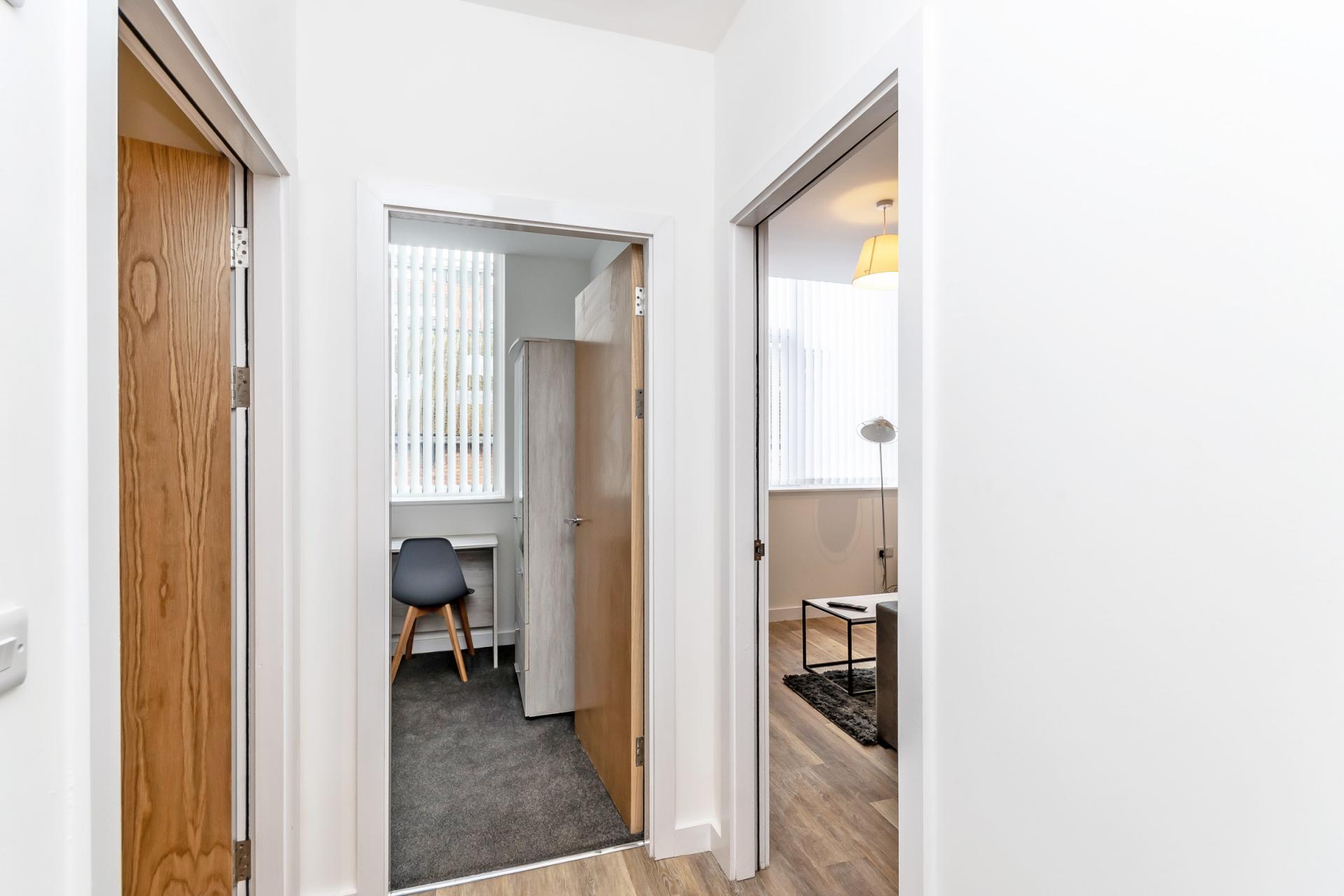 Hallway at City Suites Apartments - Citybase Apartments