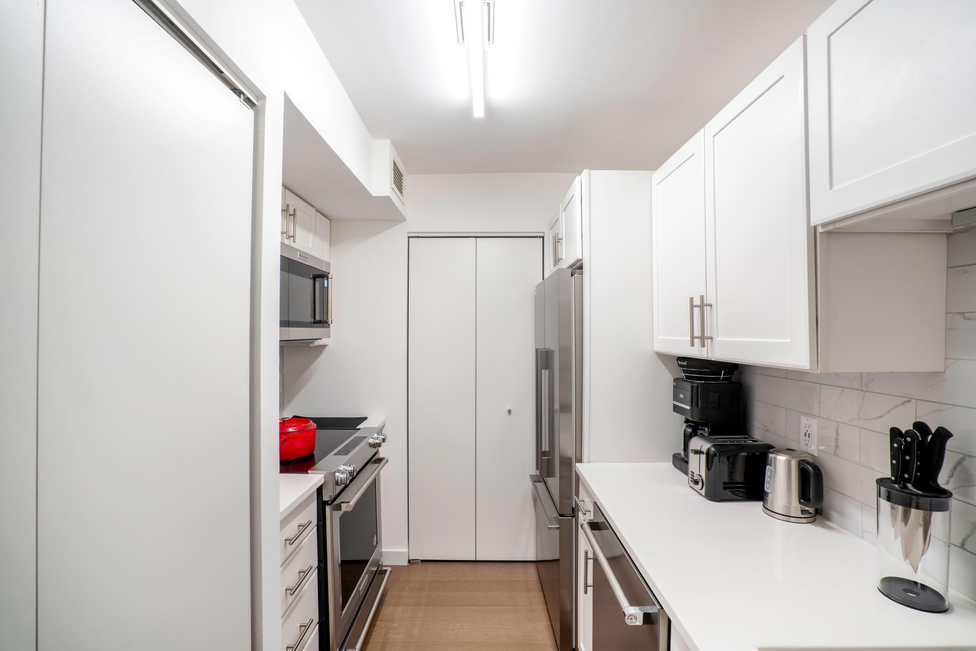 Kitchen at Devonshire Place Apartment - Citybase Apartments