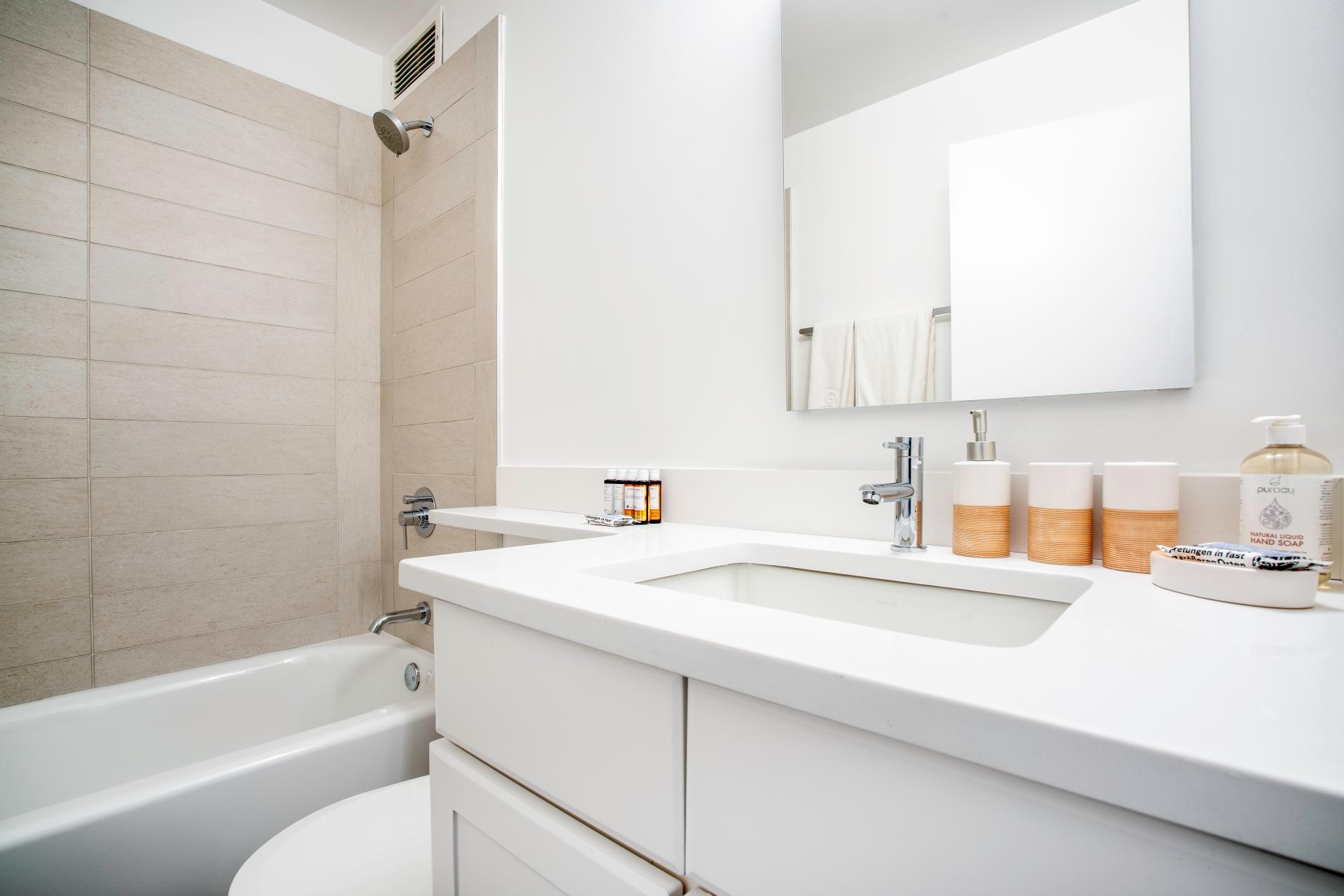 Bathroom at Devonshire Place Apartment - Citybase Apartments