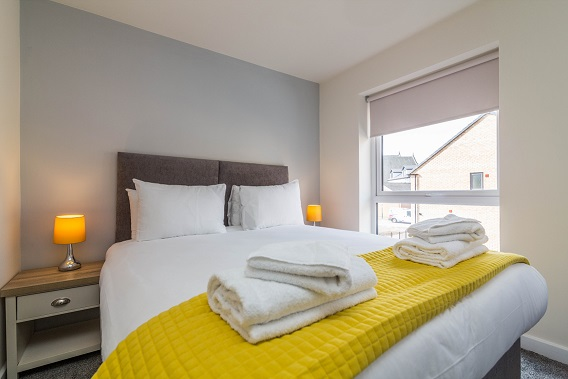 Bed at Blackstone Walk House - Citybase Apartments