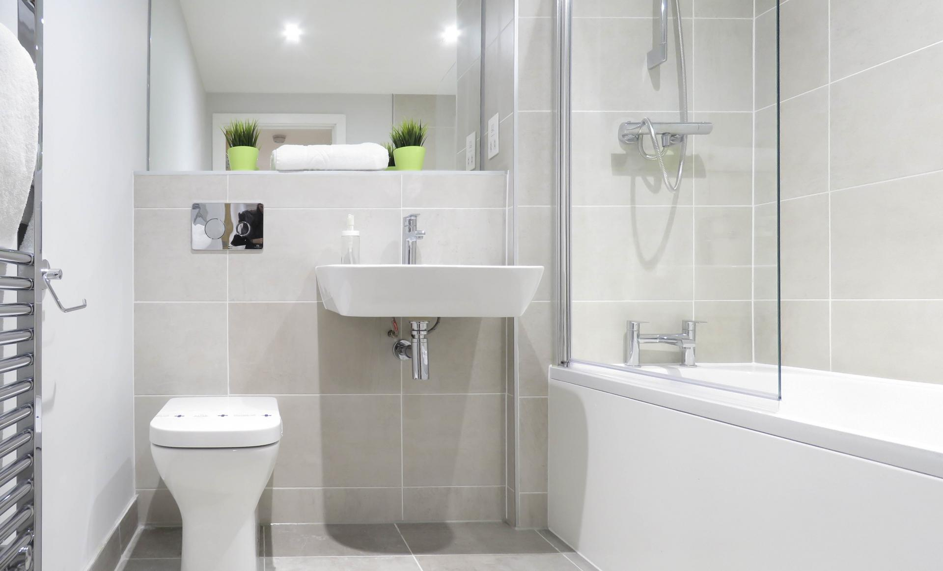 Toilet at Jewellery Quarter Serviced Apartments - Citybase Apartments