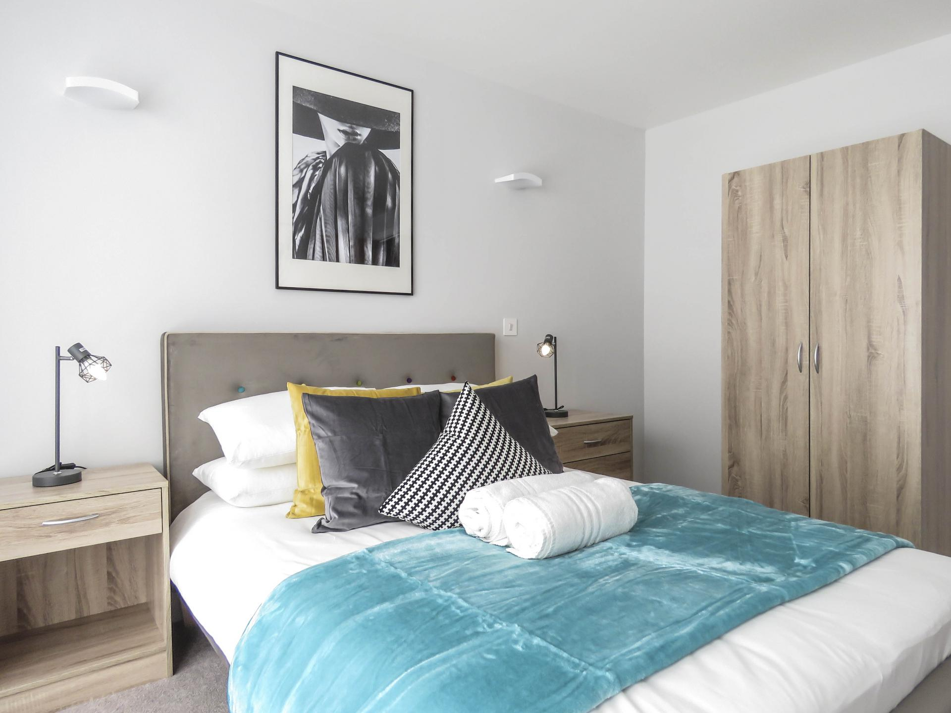 Bed at Jewellery Quarter Serviced Apartments - Citybase Apartments