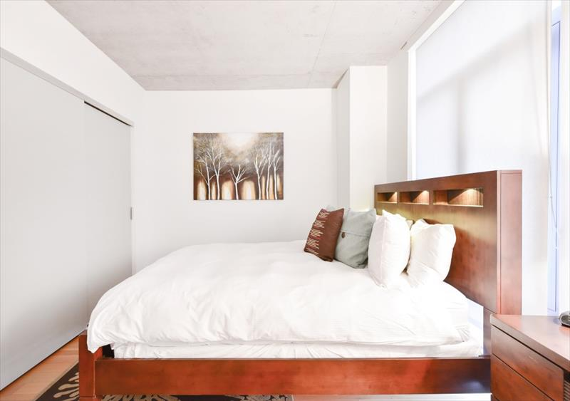 Bed at 315 on A Apartments - Citybase Apartments