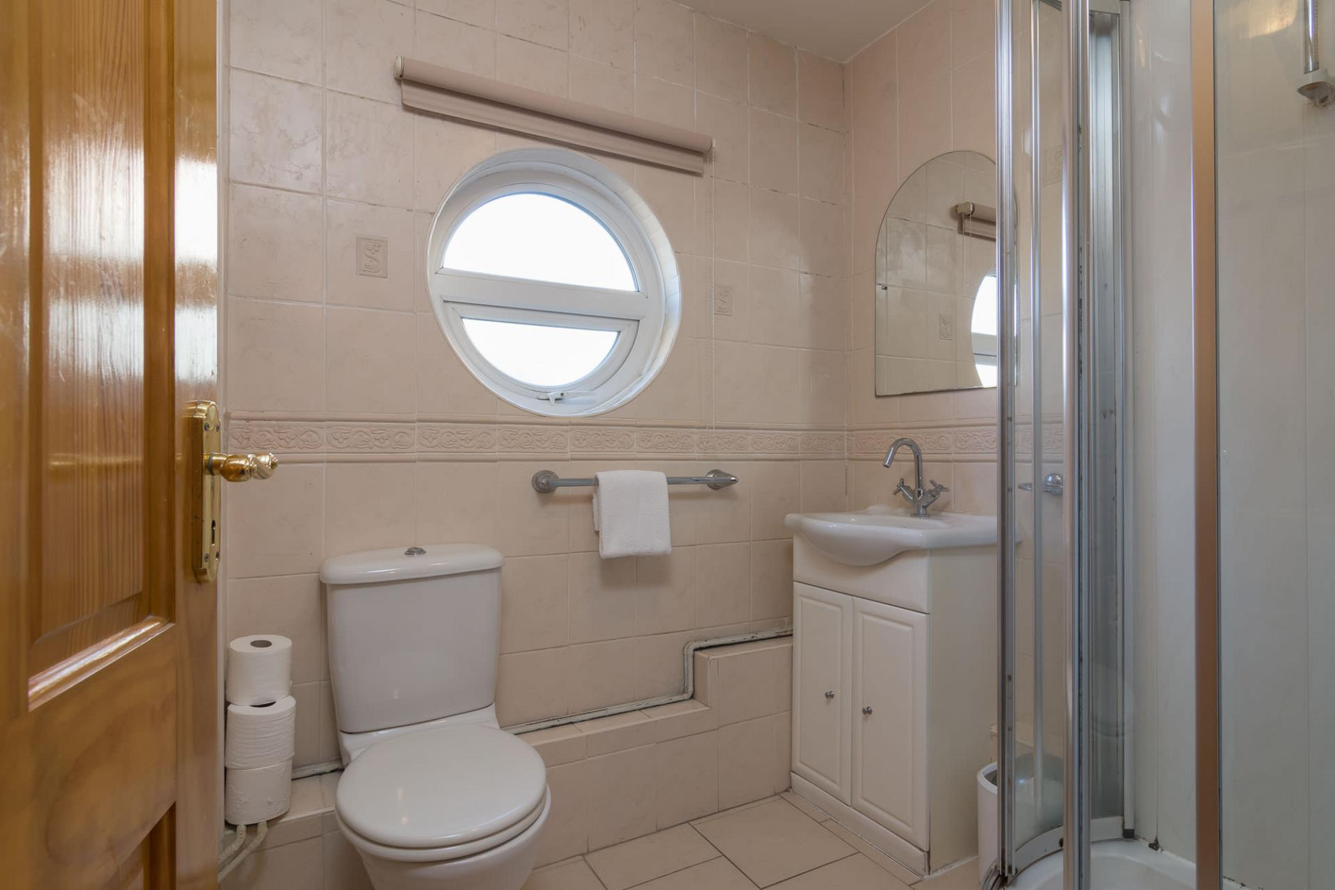 Bathroom at Ashburne Place Apartment - Citybase Apartments
