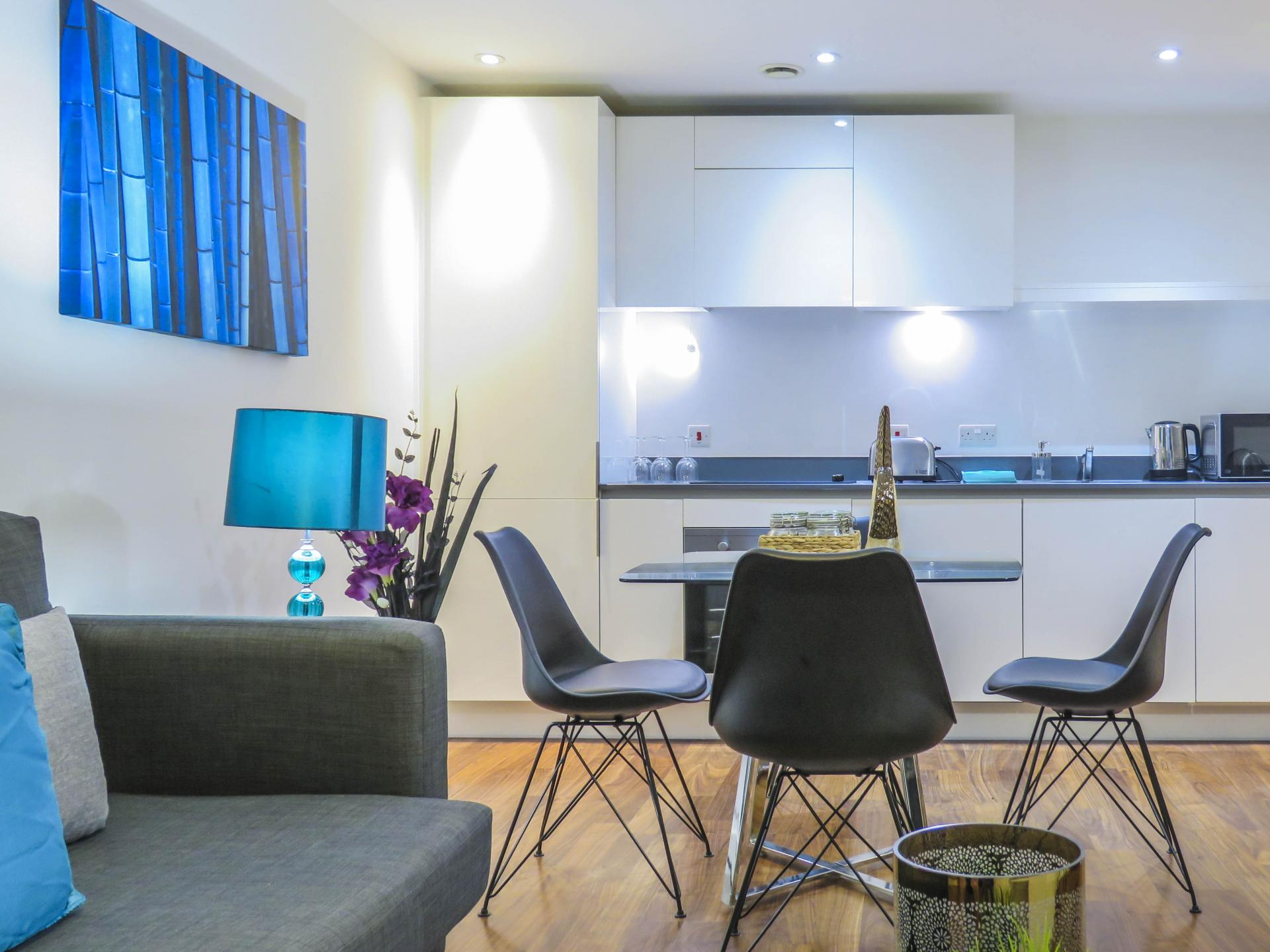 Dining table at Hagley Road Serviced Apartment - Citybase Apartments