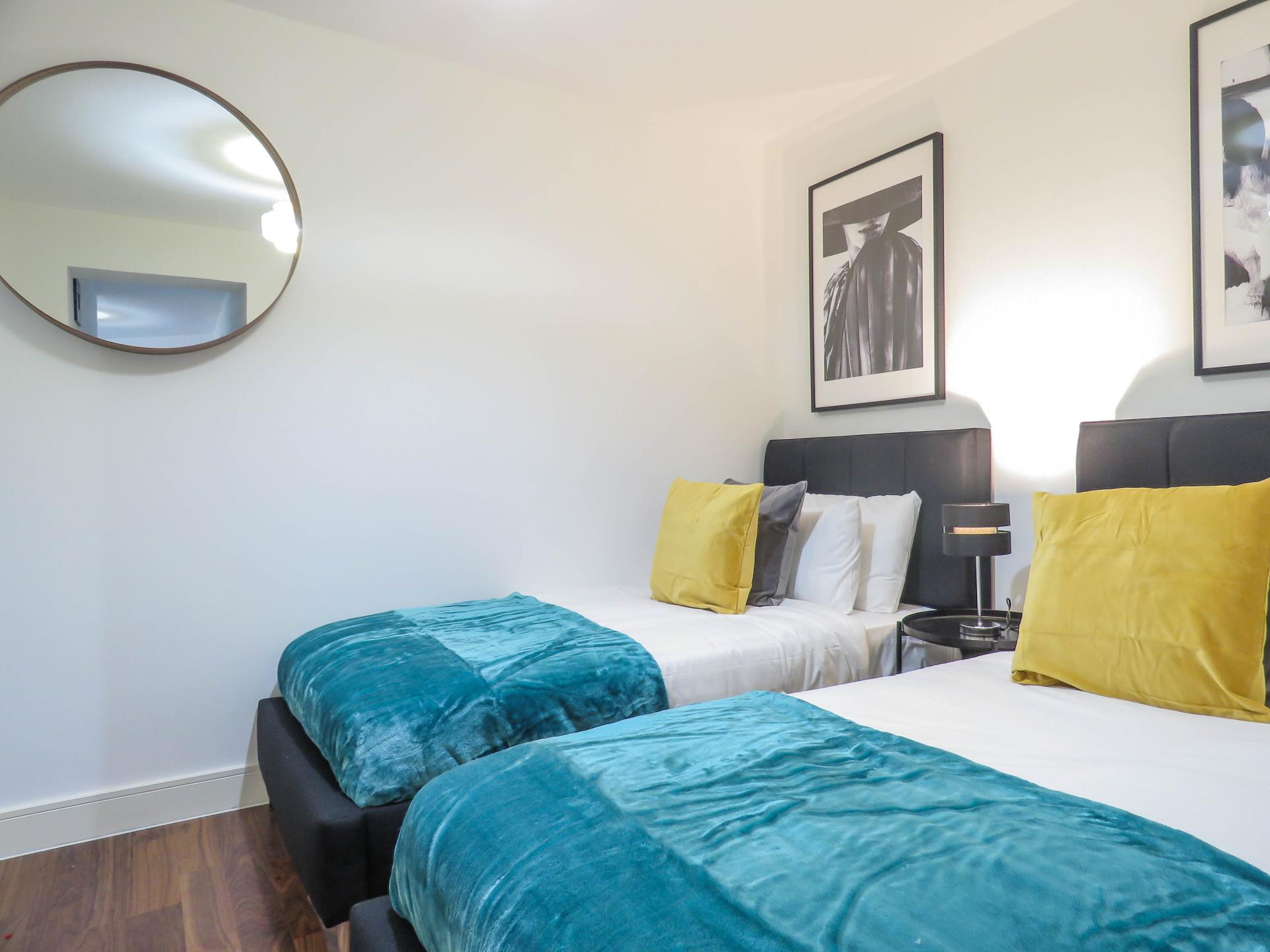 Twin beds at Hagley Road Serviced Apartment - Citybase Apartments