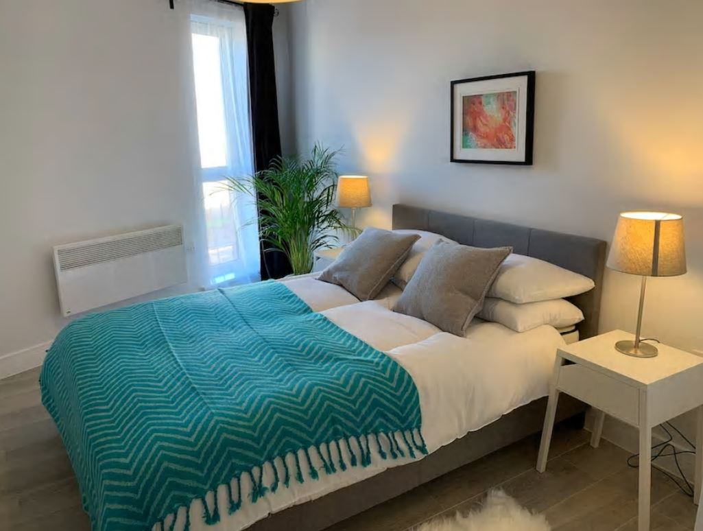 Bedroom at Barall Court Apartments - Citybase Apartments