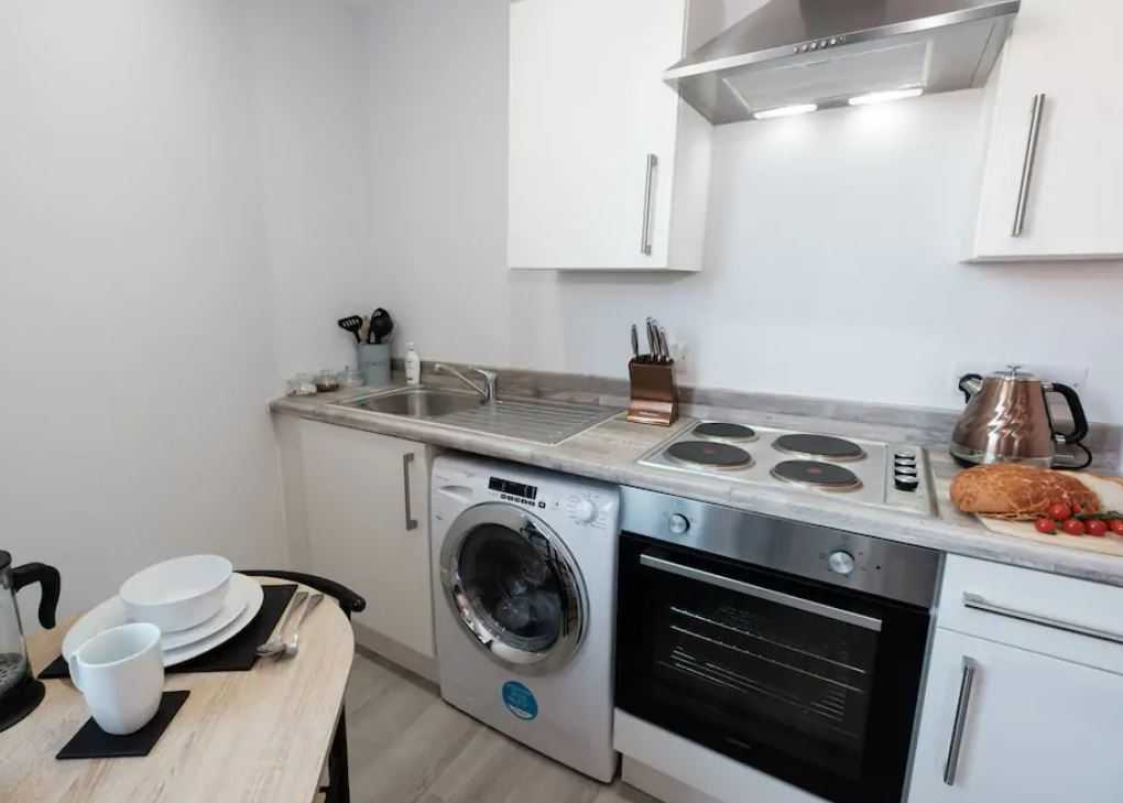 Oven at Barrall Court Apartments - Citybase Apartments