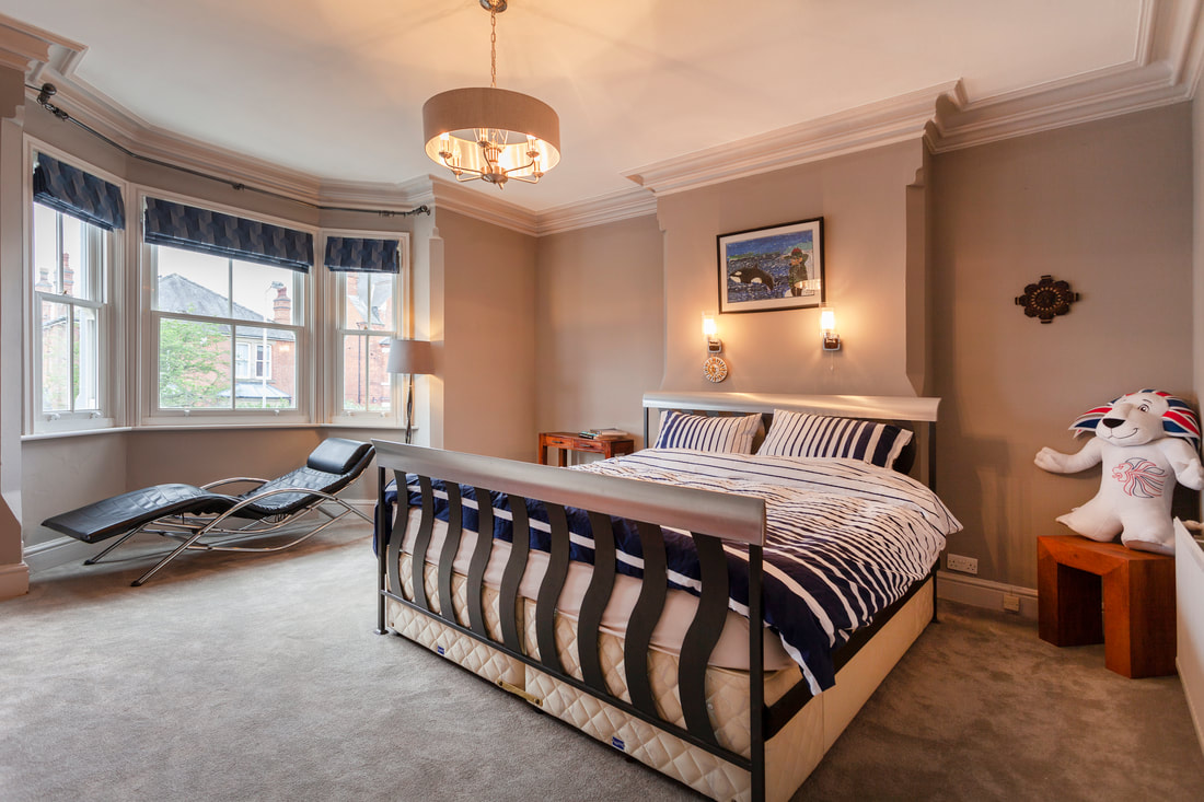 Master bed at Trent Bridge House - Citybase Apartments