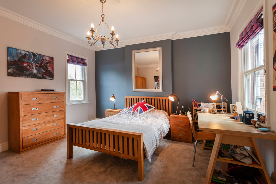 Single bed at Trent Bridge House - Citybase Apartments