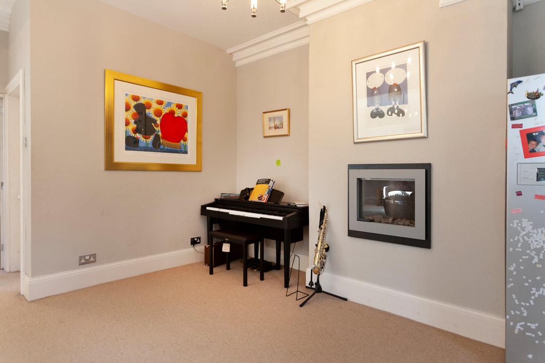 Piano at Trent Bridge House - Citybase Apartments