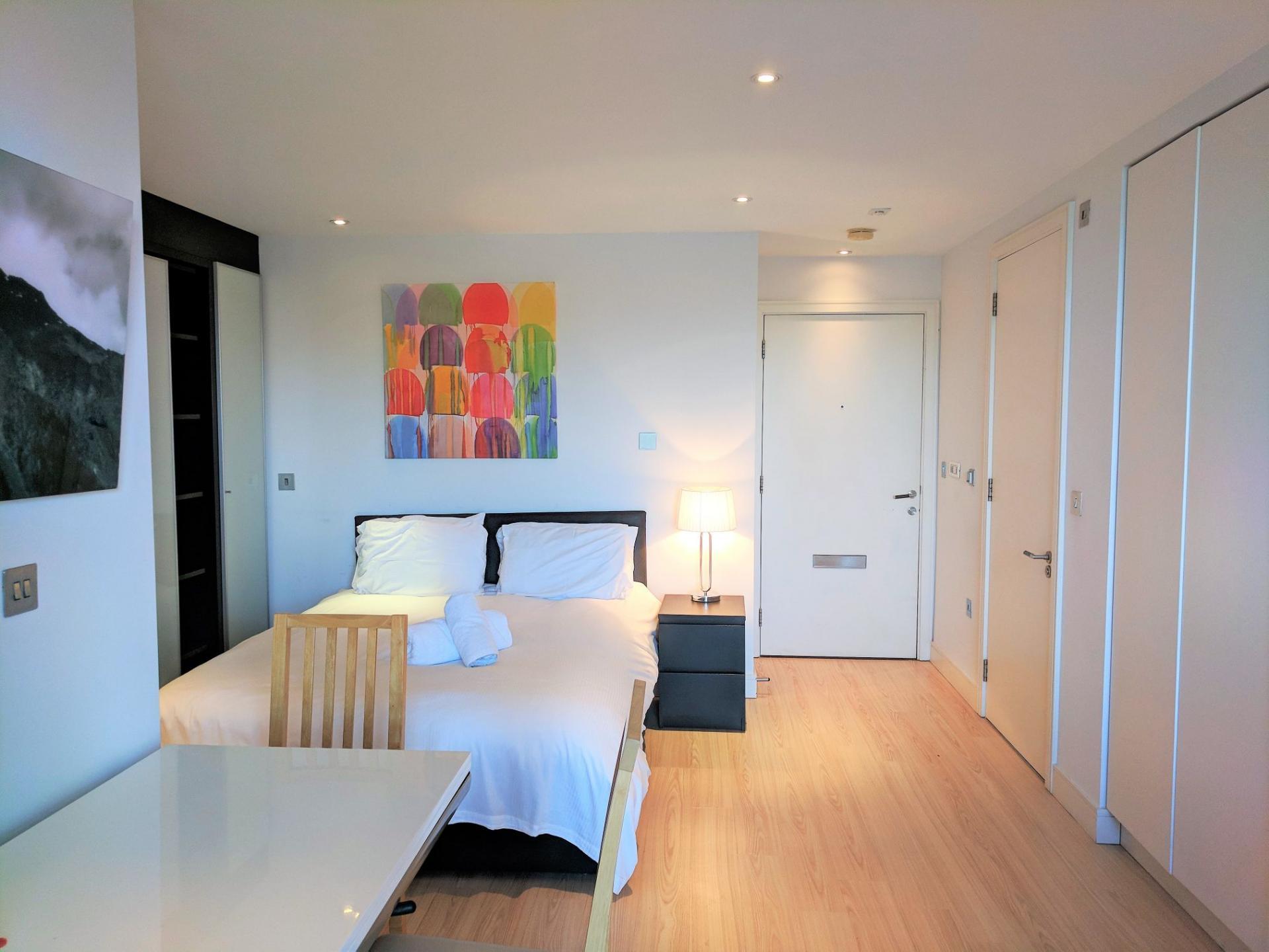 Studio at Gunwharf Quays Serviced Apartments - Citybase Apartments