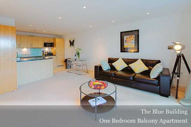 Pillows at Gunwharf Quays Serviced Apartments, Gunwharf Quays, Portsmouth - Citybase Apartments