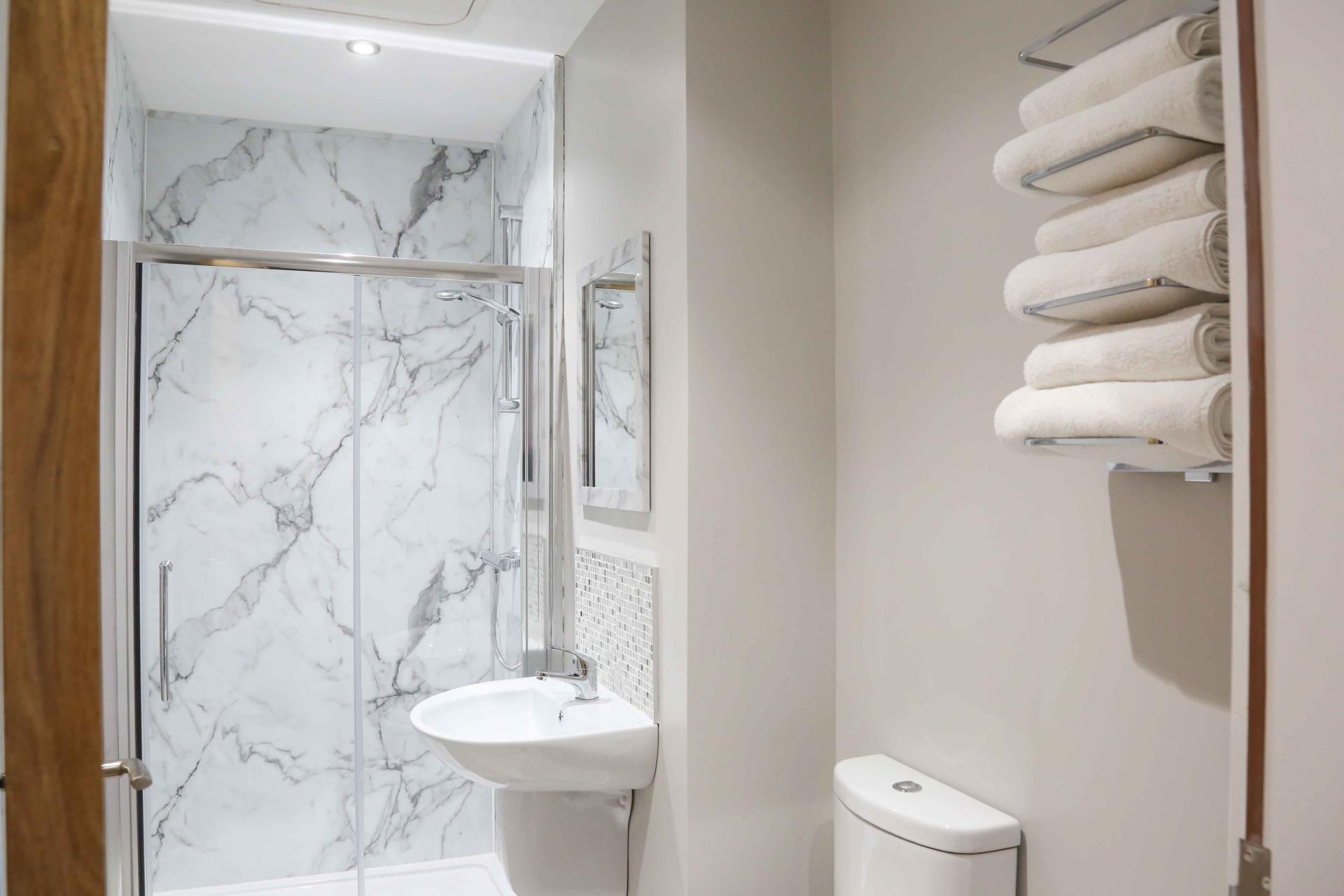 Bathroom at Eglantine Apartments - Citybase Apartments