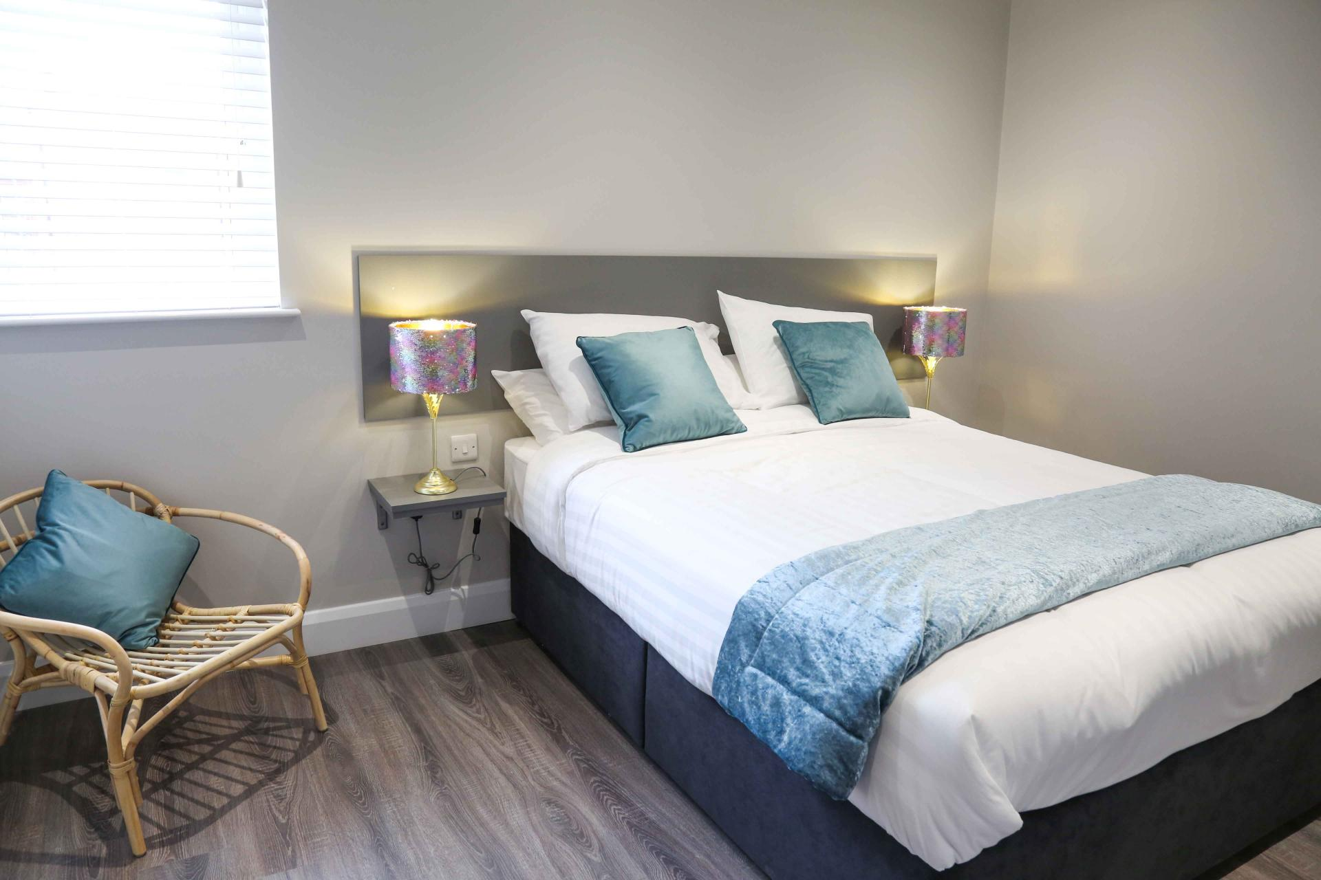 Double bed at Eglantine Apartments - Citybase Apartments